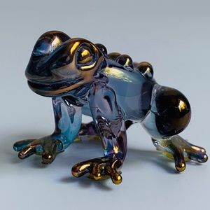 Accents - Iridescent Glass Frog
